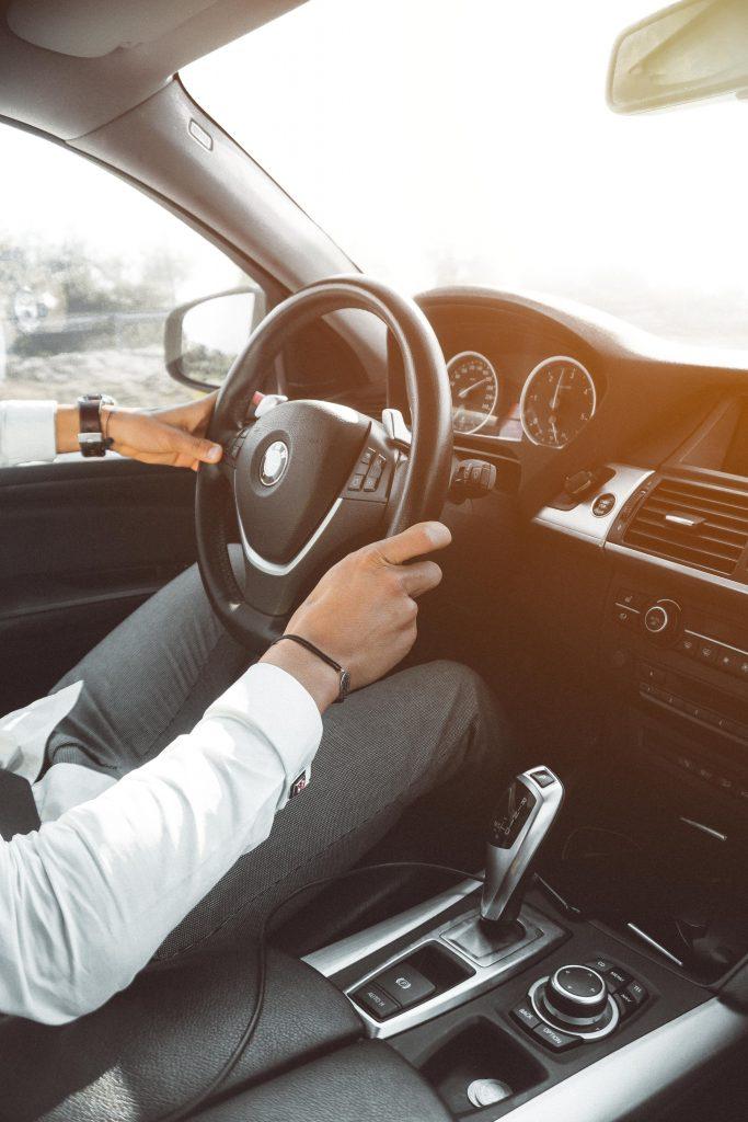 Køb af ny bil - sådan kommer du nemt igennem det